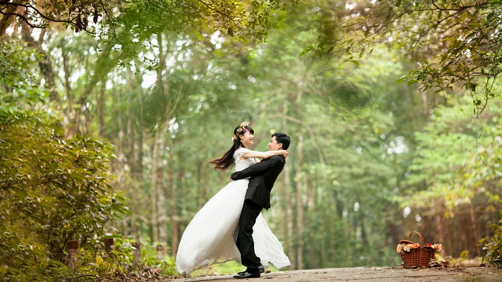Organisation de mariage : le faire-part noir, une pointe de chic !