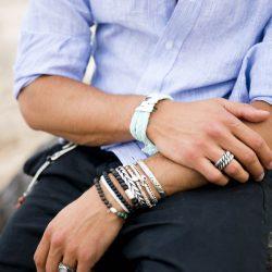 Bijoux originaux : faut-il les acheter ou les fabriquer soi-même ?