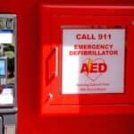 Comment choisir le bon défibrillateur