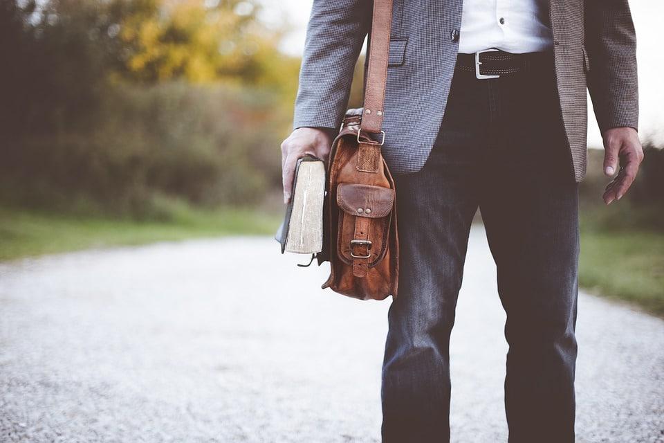 Les tendances vêtements pour les hommes modernes