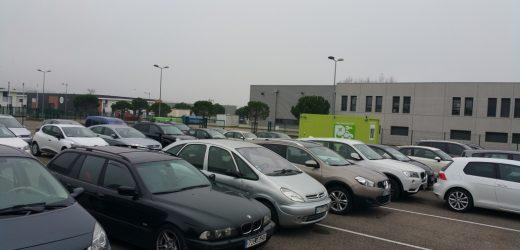 Où garer sa voiture lors d'un voyage à l'étranger