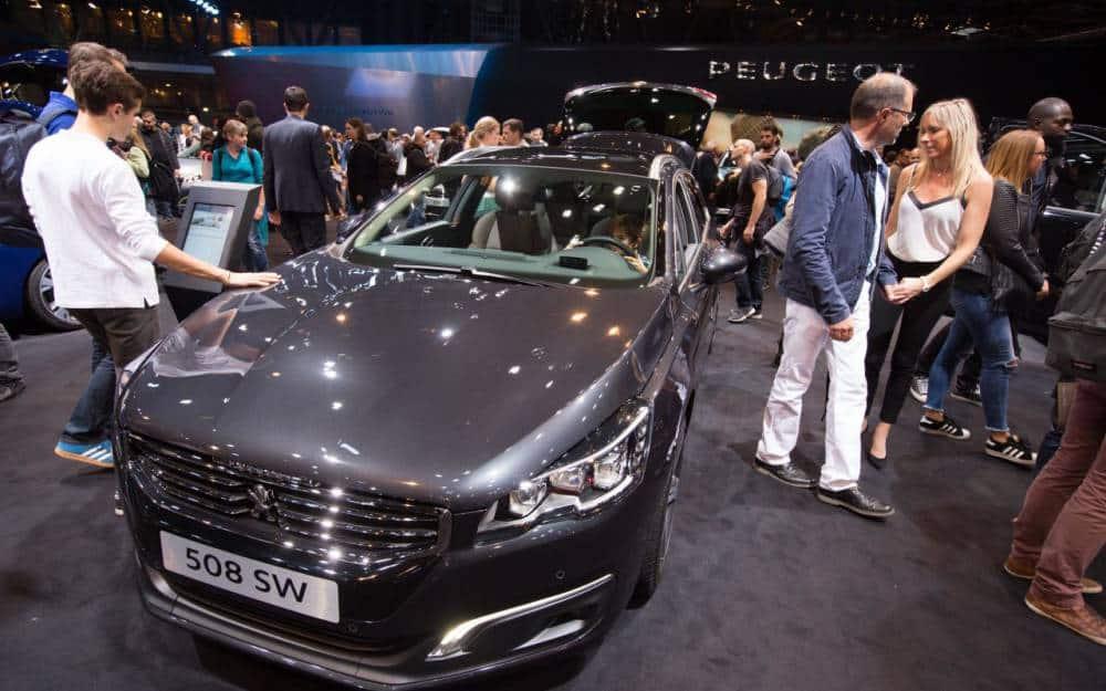 Voiture neuve : pourquoi acheter une vieille voiture neuve ?